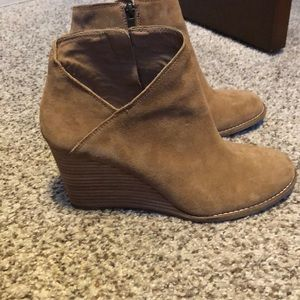 Lucky brand suede booties in GUC.